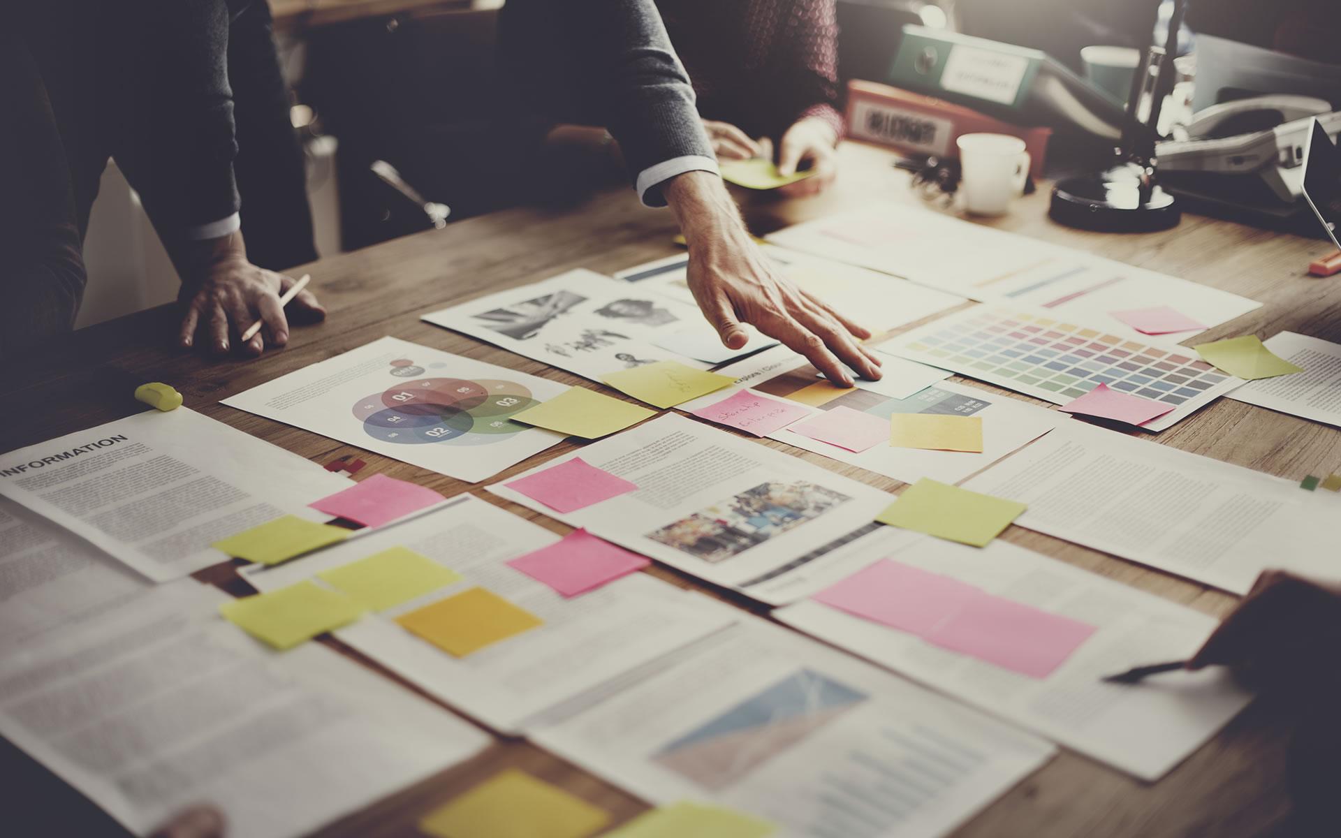 """<div style=max-width:700px>La passione non basta. Il marketing, i progetti web, i canali social e la comunicazione sono  scienze """"esatte"""", un mix di arte, tecnologia e matematica.</div>"""
